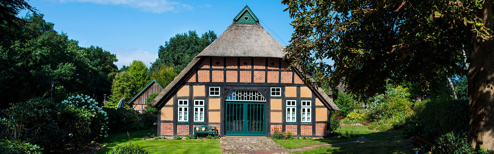 Banner Haus